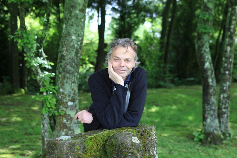 Jean Marc de Pas, sculpteur et propriétaire du jardin des sculptures